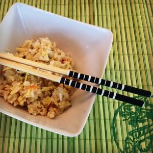 Rezept für gebratenen Reis mit Ei und Gemüse