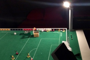 subbuteo_floodlights_start