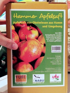 5-Liter-Schlauch mit leckerem, gesundem Apfelsaft.