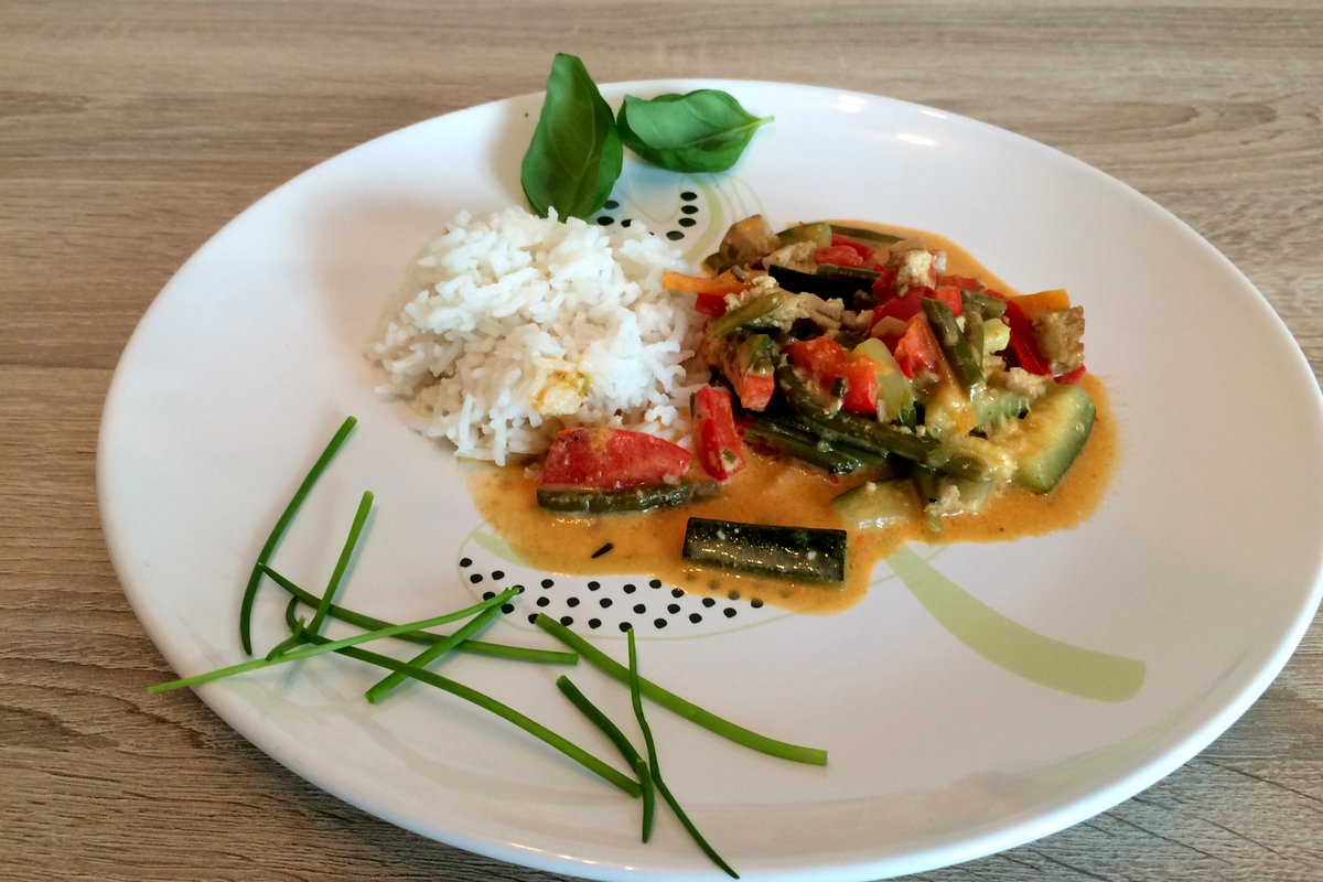 Veganes Thai-Curry mit Tofu