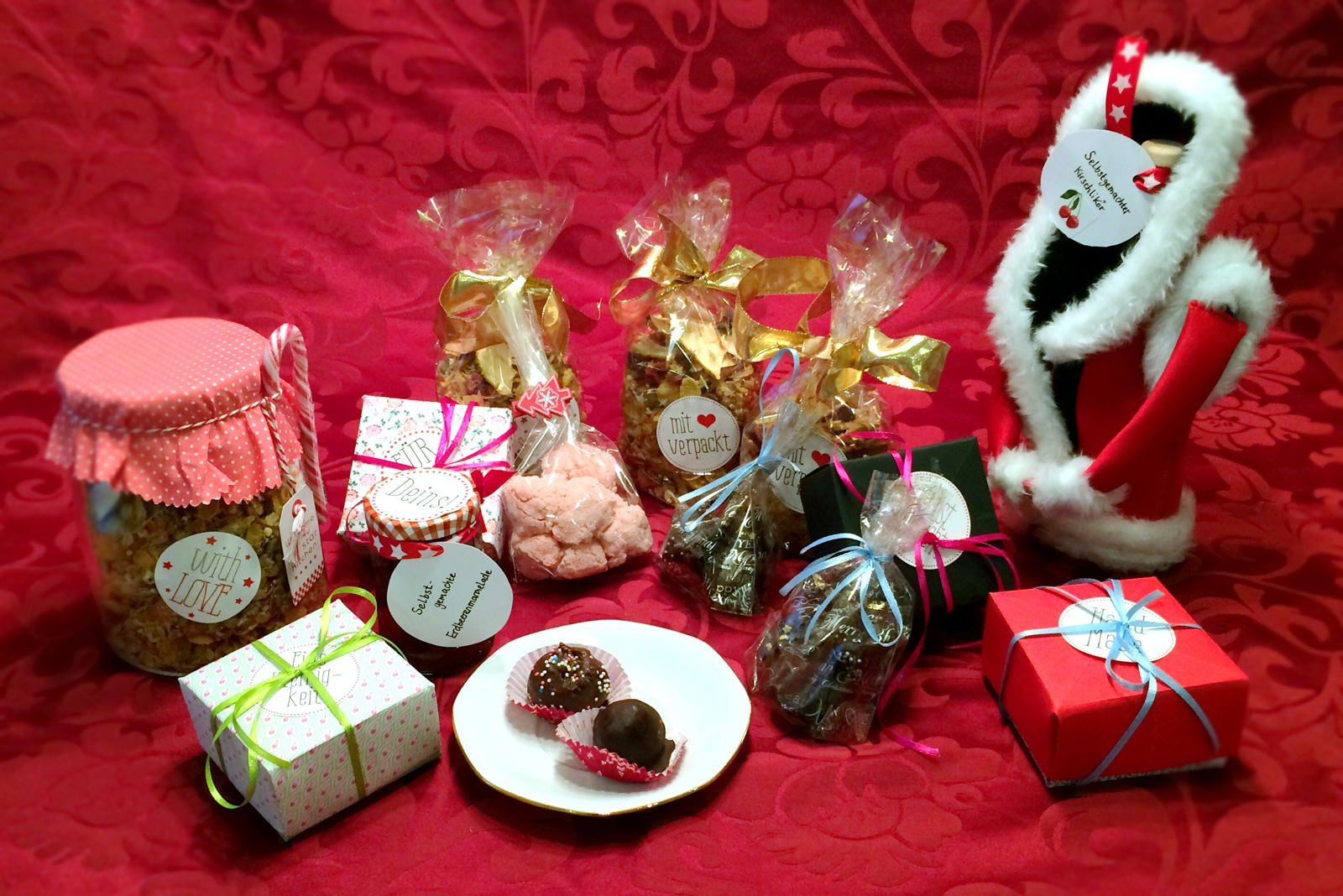 Mit Liebe gebacken und gebastelt: Unsere selbst gemachten Weihnachtsgeschenke.
